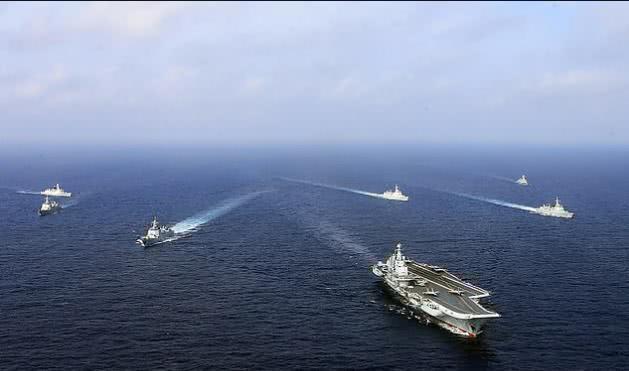 英媒:辽宁舰成西太平洋唯一可用航母,美军关岛秀肌肉意在警告  第3张