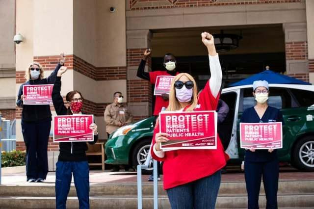 目睹同事感染后,美国10名护士因无N95口罩拒进病房而被停职  第2张