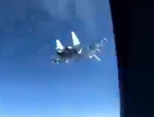 俄战机4天内第2次极度逼近美军机,美军表示不满  第1张