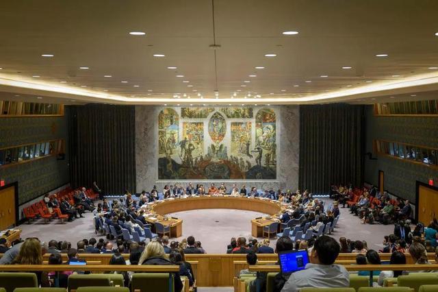 吃惊到场理事国:英国以便推卸责任,连联合国安理会此项决定必须拦  第1张