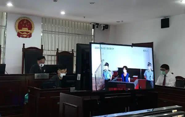 中年女人在上海站抢2岁女童,人民法院判了