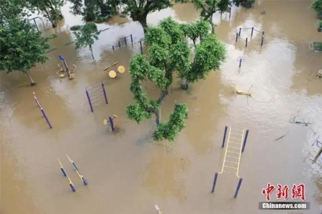 大暴雨 强台风 新一轮大暴雨!栖身中国南方的下雨天不停了?  第1张