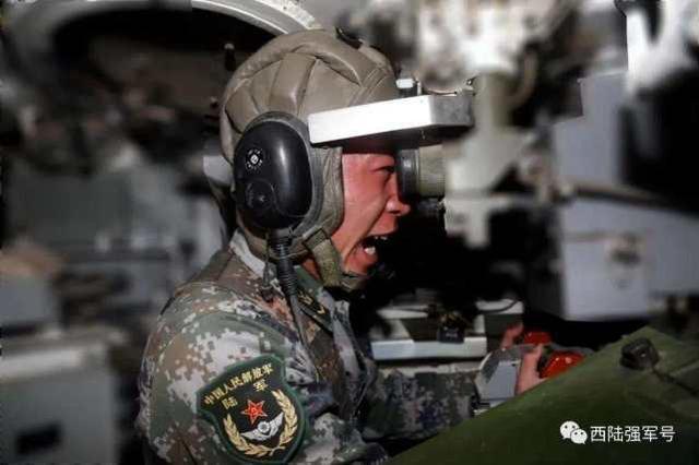 西部战区海军常态砺兵严寒山坡地:仗在哪儿打,就在哪儿精训实练  第17张