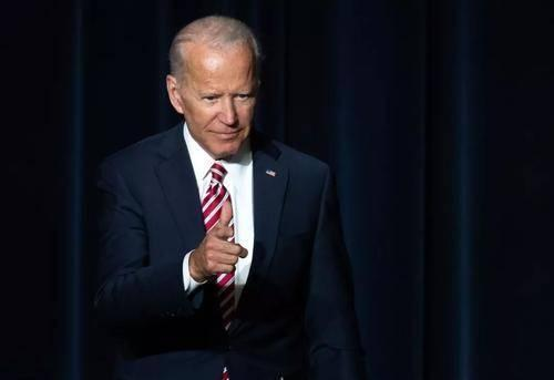 """总统大选之际民意调查挺拜登 解决肺炎疫情,川普称其""""我还对""""  第3张"""