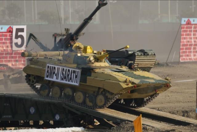 印尼在中印边界地域使用重型坦克、步战和美制战斗机开展大中型军事演习  第2张