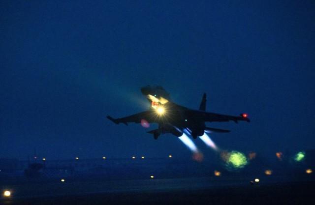 台湾媒体:美国军队指引机6次靠近内地,中国人民解放军战斗机两进台西北航线  第1张