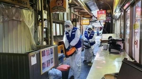 韩国疫情散播仍在不断,南大门销售市场产生团体感柒恶性事件