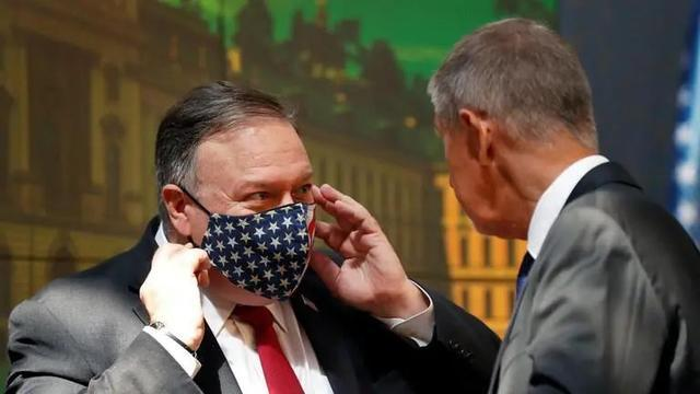 回绝清除华为公司,捷克总理硬顶敞篷蓬佩奥