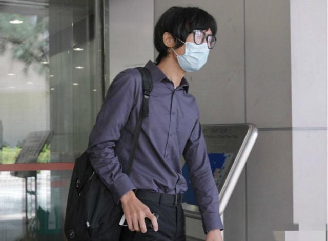 中国香港讲座老师身藏可发送至5米外自做弩,被判12个月  第1张