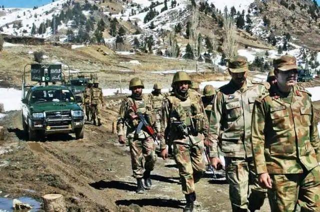 印度军队这一姿势曝露在中印边界越冬的真正军力  第3张