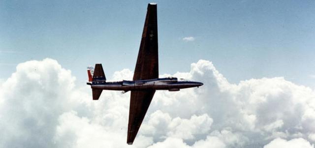 军博邀英国航空员参观考察U2遗骸,外媒高喊:虽能再击毁,但后果严重  第1张