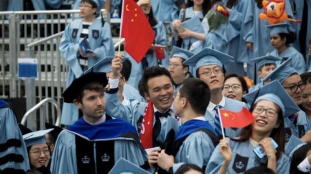 在美国机场被佩枪稽查人员盘查,中国学生痛陈:纯碎是搔扰!  第2张