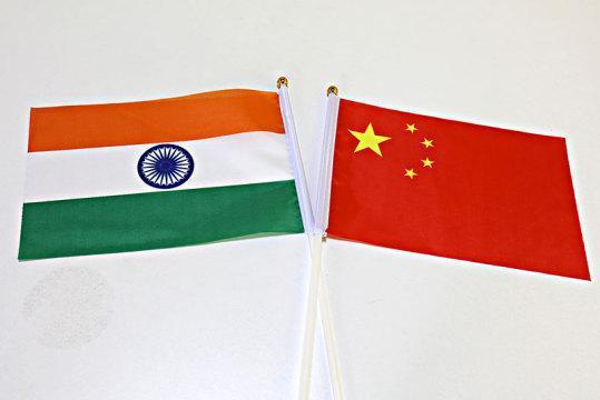 印度媒体:印内务部公布全新基本方针,对中国人执行更严苛签证办理规范  第1张