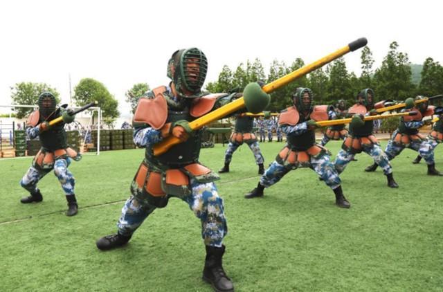 外媒:我国用欧洲中世纪长兵器来武裝兵士,印尼能够拿哪些来解决?  第2张