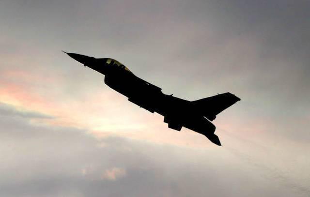 亚美尼亚声称土耳其F-16击落了该国的苏-25战斗机,但遭到土耳其和阿塞拜疆双方的否认  第2张