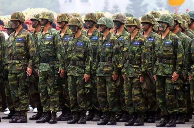 加强台湾军事储备训练,台湾军事人员:计划改为每年一次,每次14天  第1张