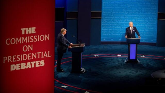 """辩论中,拜登对特朗普说:""""你能闭嘴吗?""""希拉里:我也想说。  第3张"""