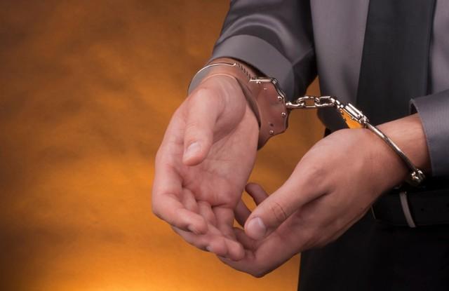 帮助强奸犯逃脱罪责,威胁他人,基层反贪局长被栽赃  第3张