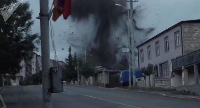 在首都纳卡发生了八起爆炸或炮弹爆炸  第1张
