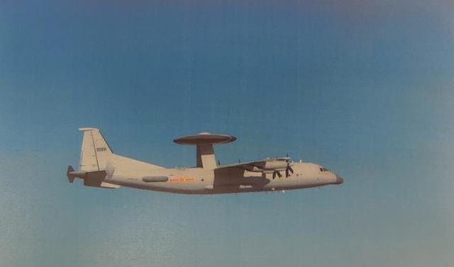 国庆假期第7天,解放军空军警察-500进入台湾西南领空  第1张