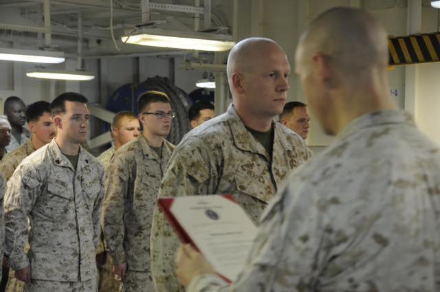 美海军陆战队发布侮辱中国的视频后,被调查,说遇到中国人就开枪  第3张