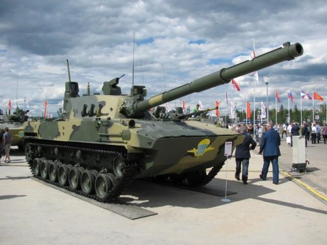 印度媒体称,印度军队正在购买冬装和轻型坦克,可用于中印对抗  第3张
