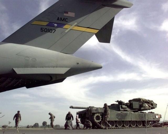 马斯克想搞火箭快递给美军。美国媒体:基地不怕被解放军封锁  第3张