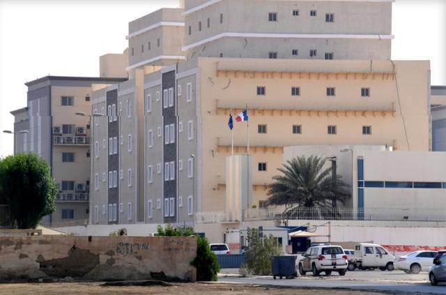 再次用刀攻击!法国驻沙特阿拉伯领事馆遭到袭击,一名警卫受伤