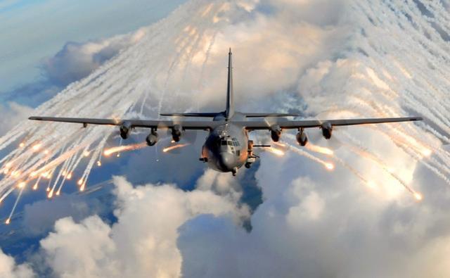 美国特种部队营救人质的细节被曝光:中情局提供情报,特种部队夜间跳伞  第3张