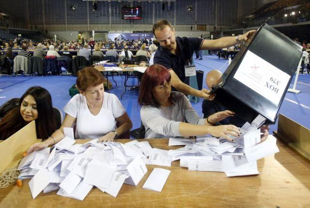"""北卡罗来纳州仍有117,000张邮寄选票等待处理,选举委员会拒绝""""预测""""  第3张"""