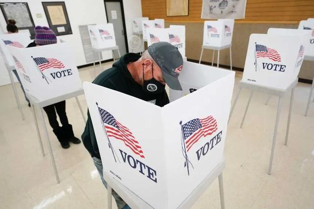 胡锡进:美国大选中国人吃瓜态度观察  第1张