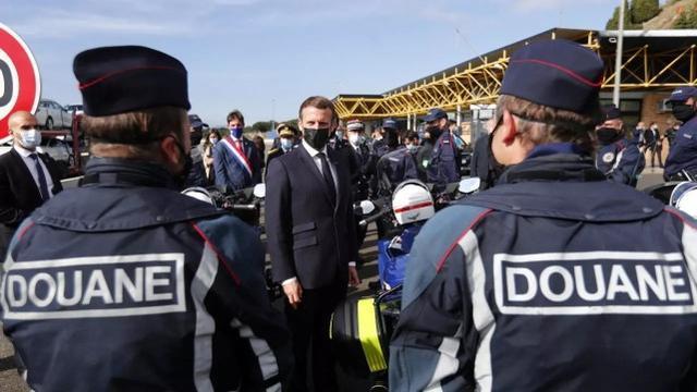 经过多次袭击,马克龙呼吁欧洲申根地区加强边境管制  第3张