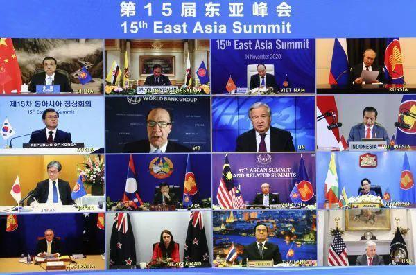 """美国大选后,中美两国代表首次""""会面"""""""