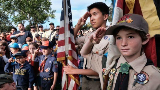 美国这个教导爱国主义和勇气的团体,其实就是一个神奇的山洞!成千上万的儿童遭到性虐待。  第1张