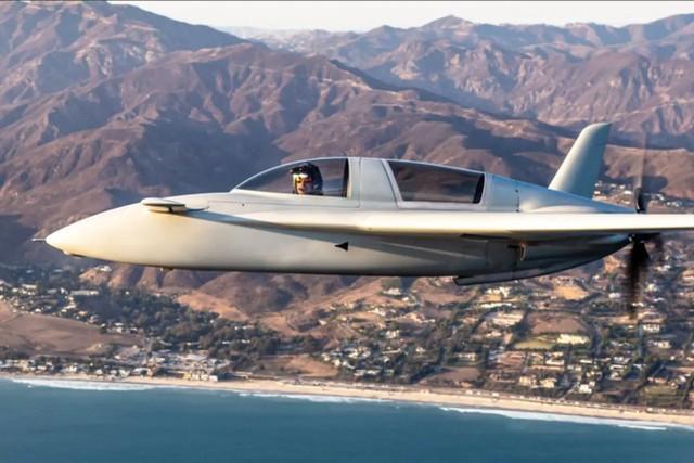 王牌对王牌!前F-22飞行员首次与AI驱动的虚拟歼20进行空战。  第2张