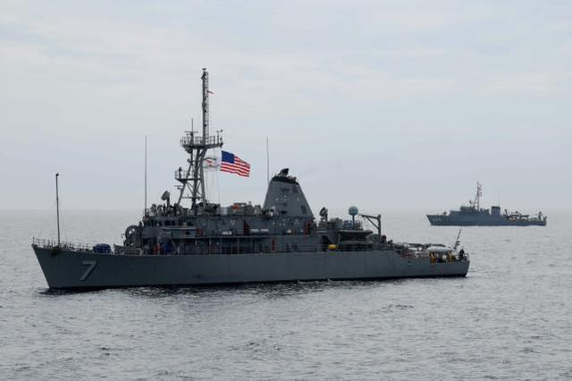 美国和日本在靠近中国东海的日本西南海岸举行了扫雷演习。  第1张