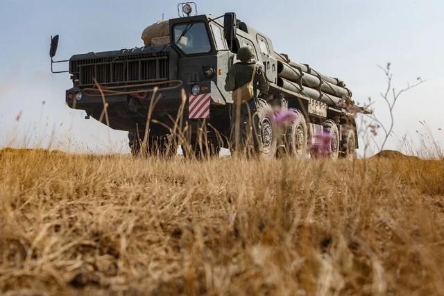 师傅又被徒弟追上了?俄罗斯远程火箭炮技术落后中国至少8年。  第2张