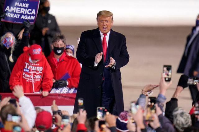 美国民调:58%的人认为特朗普应该认输,但他的支持率在上升而不是下降。  第2张