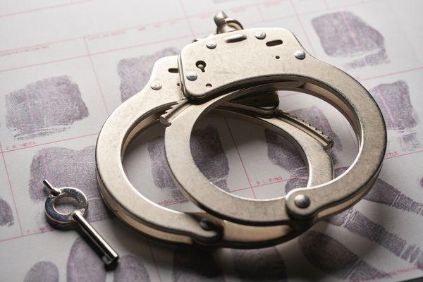 英国媒体:伊朗释放在押的澳大利亚和英国女间谍,以换取三名伊朗被拘留者。  第2张