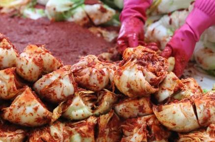 中国为泡菜产业制定国际标准,韩国政府也表达了自己的立场。  第2张