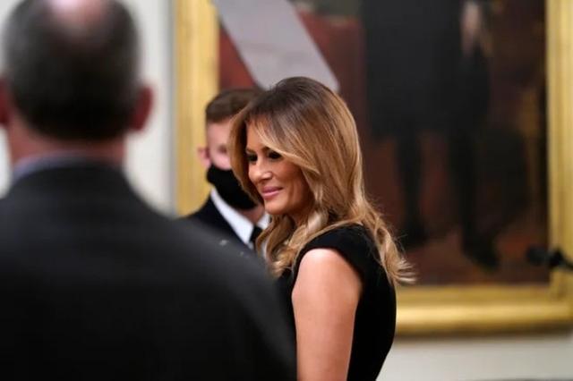 特朗普总统就职典礼涉嫌滥用资金,妻子女儿被传唤作证。  第2张