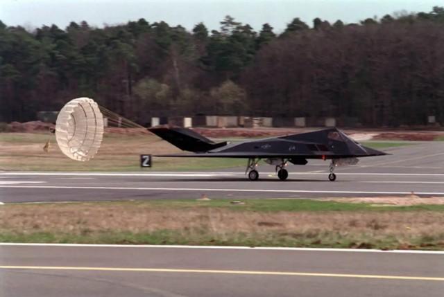 真的打了不止一个!F-117飞行员回忆起塞尔维亚上空的恐怖时刻。  第2张