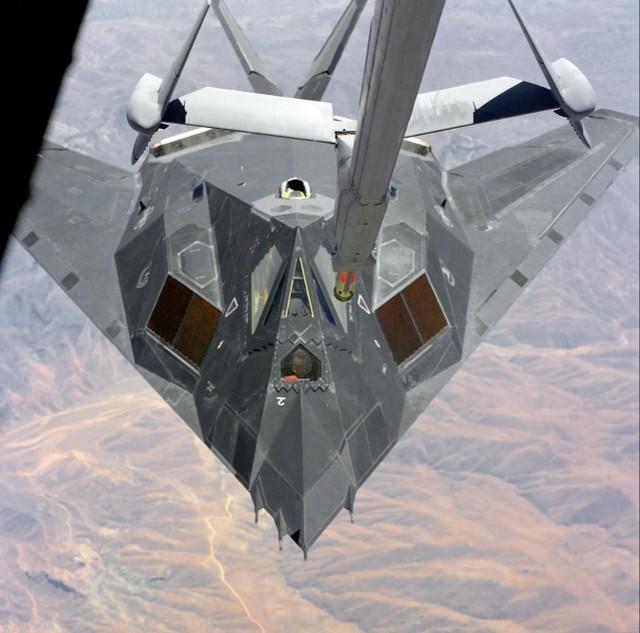 真的打了不止一个!F-117飞行员回忆起塞尔维亚上空的恐怖时刻。  第5张