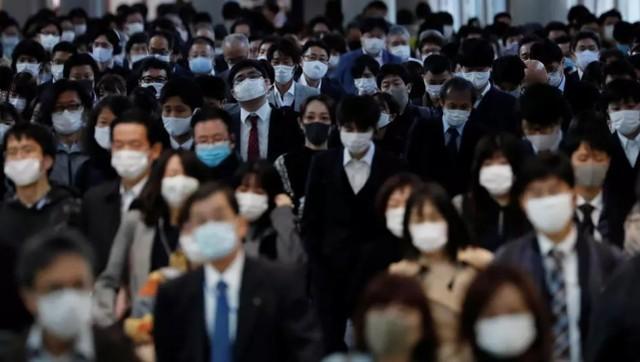 日本厂商改用防护服后,积压量很大。日本媒体:中国制造太便宜了。  第3张