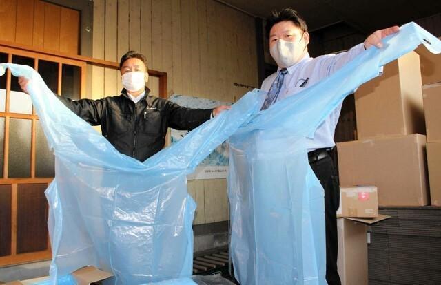 日本厂商改用防护服后,积压量很大。日本媒体:中国制造太便宜了。  第1张