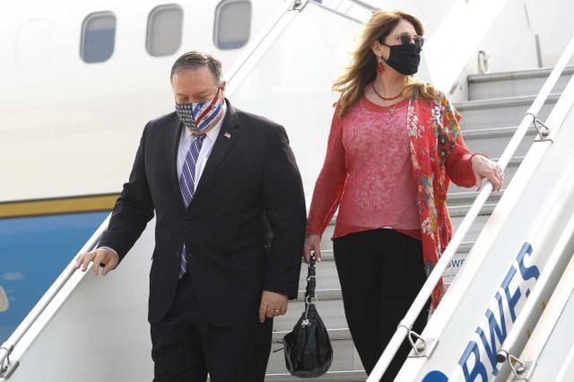 在披露蓬佩奥的妻子未经书面批准携带公款旅行后,美国高级官员提前离开。  第4张