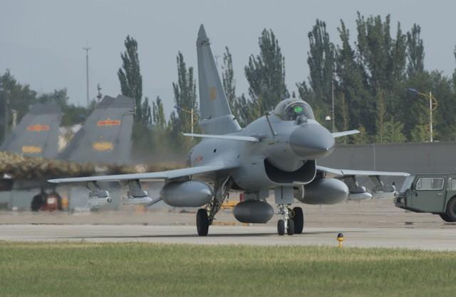 美国媒体:中国在巴基斯坦的参与是历史上最好的,包括世界上最强的单引擎战斗机之一。  第2张