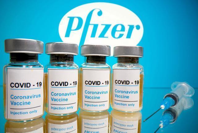 福奇强烈建议,出于安全考虑,特朗普和拜登应该尽快接种疫苗。  第3张