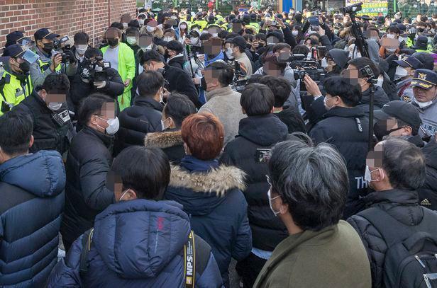 """厌倦了网上名人加入的乐趣?韩国邻居:""""比起赵斗顺,牵制他的人更可怕。""""  第2张"""