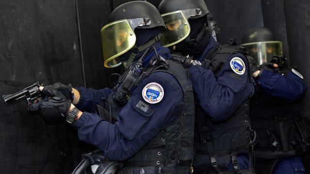 家暴变成袭警!三名法国警察在处理家庭暴力案件时被枪杀。  第1张